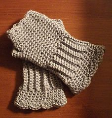 Girl's Victorian Texting Gloves by A Crocheted World