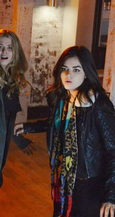 "Aria's Topshop Black Jenson Faux Fur Collar Biker Jacket Pretty Little Liars Season 4, Episode 24: ""A is for Answers"""