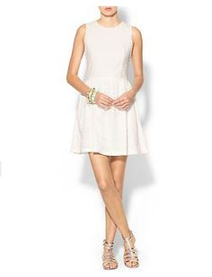 late #summer #dresses http://www.cefashion.net/5-dresses-you-need-for-your-end-of-the-summer-party/