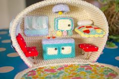 Greedy For Colour: My Vintage, Crochet Caravan! This is the cutest thing ever! (No pattern, just eye candy)