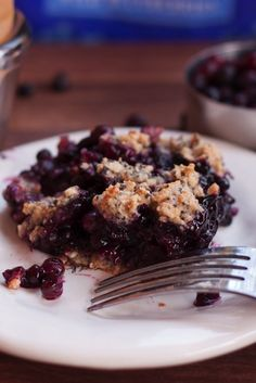 Wild Blueberry Crumble (vegan & gluten-free)