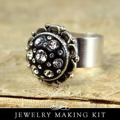Cocktail Ring Kit with Swarovski Crystals is so EASY to make! I show you how! From www.anniehowes.com