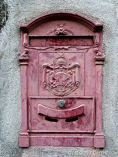 old italian mailbox