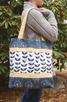 A Keepsake QUICK Kit Sturdy canvas fabric. Enjoy lots of room in this trendy tote. Kit includes directions and Lotta Jansdotter's Glimma fabrics-in canvas weight-for the outside and lining.