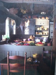 Early-American-COUNTRY-KITCHEN