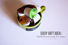 Love this gift idea! Chalkboard mug + k-cups! #kcups #staples #keurig #giftidea #easygiftidea #chalkboard #mug #gift