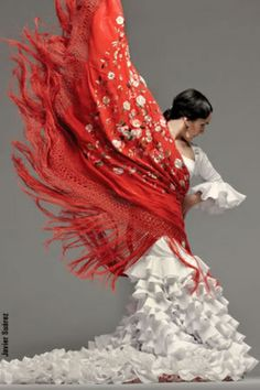 I want to take flamenco lessons in the worst way. Unfortunately, I have all the dramatic flair, but none of the rhythm.