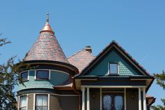 TOH imagines that in heaven, every home has a shingled turret:) Love this look? Enter #TheGreatTOHGiveaway #sweepstakes DAILY thru 9/2 for YOUR shot at $25,000 in polymer roofing shingles from @davinciroof + dozens of other amazing #prizes! #contest #free #architecture