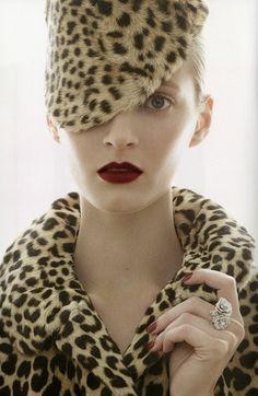 fashion, christian dior, anim print, daria strokous, red lips, leopards, animal prints, patrick demarchelier, hat