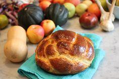 Round Challah - with Orange Juice in recipe.