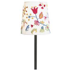 ladi nurseri, ikea stuff, touch, color lampshad, light shades, nurseri idea, fågel, des lamp