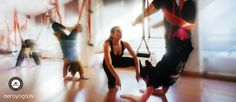 Gravity Free anti yoga, Aerial Yoga & Pilates / ConceptualFitness. www.aerialyoga.tv    Posturas de Aero yoga y aeroPilates Aéreo para todo el mundo www.aero-pilates.esbeneficios del aerial yoga (aero yoga aéreo)