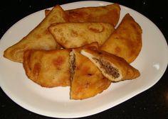 Venezuelan Empanadas - Sarah's Kitchen (http://morselsoflife.com/five-friday-finds-47.html)