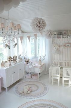 White and pink nursery with shabby chic decor idea - http://myshabbychicdecor.com/white-and-pink-nursery-with-shabby-chic-decor-idea-2/