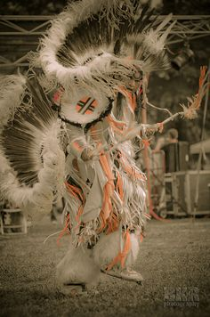 Dance by DrWoots, via Flickr