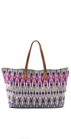 cynthia vincent tote... perfect for the beach and traveling #summer #purse