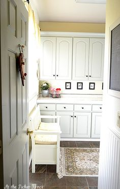 pretty mudroom with