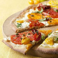 Quick and easy dinner idea: Tomato-Ricotta Pizza