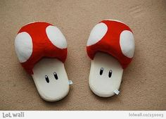 Slippers for fans of Mario