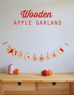 DIY Wooden Apple Garland. #backtoschool