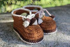 Ravelry: Acorn Baby Booties Crochet Pattern pattern by Tanja Enzinger.