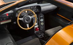 Mercedes C111 dashboard