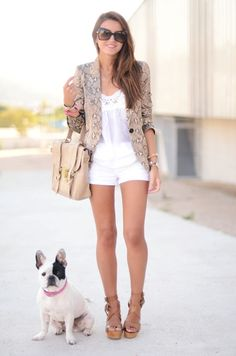So cute. Frenchie makes an adorbable accessory!   #Summer #SummerStyle #SummerLove