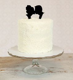 Wedding Cake Toppers - Vintage-inspired silhouette wedding cake topper #Wedding #Cake #Topper #Bridal this topper would go nice on other cakes