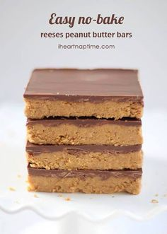 Reeses peanut butter no-bake bars - My weakness Ingredients 1 cup salted butter (melted) 2 cups keebler graham cracker crumbs 1/4 cup brown sugar 1 3/4 cup powdered sugar 1 cup peanut butter 1/2 tsp. vanilla 1 (11 oz) bag milk chocolate chips