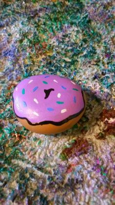 donut painted rock -
