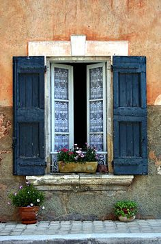 window shutters, old shutters, travel europe, window treatment, blue, lace curtains, old windows, southern france, inspiring pictures
