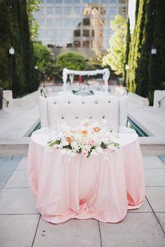 sweetheart table w/ loveseat