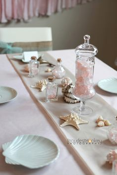 Mermaid party table... for Olivia's big 1-0 (a year and a half away, thank god)... i want to throw a HUGE party for her!