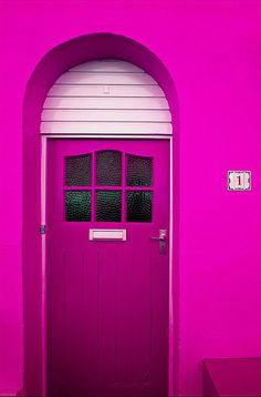 wall colors, fucsia, doorway, magenta, pink door, front doors, hot pink, pink houses, wall colours