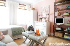 6 Small-Space Tips to Steal From Studio Apartments
