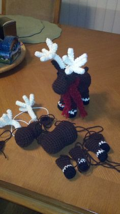 Finally wrote my own pattern for a moose..<3  I will share if anyone is interested :)