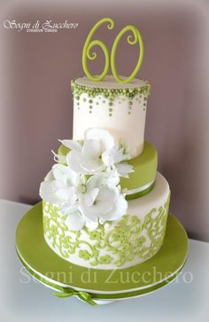 Green and wafer paper flowers - Cake by Maria Letizia Bruno