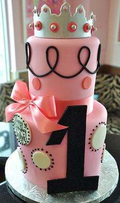 Princess Birthday Cake...I need this for every birthday!! Without the age