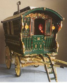 old fashioned gypsy caravan