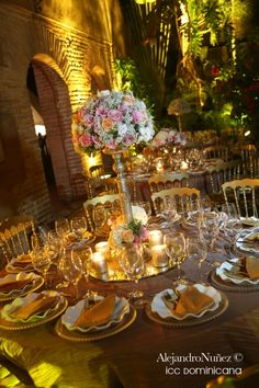 Centerpieces for a sleeping beauty bride on pinterest for Sleeping beauty wedding table