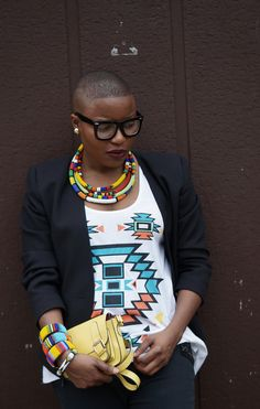 short hair, fashion, bead, outfit, bangles, african beauti, tribal prints, african accessories, tribal style