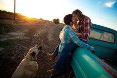kiss, engagement pictures, pickup trucks, justin moore, engagement photos, country boys, old trucks, country girls, dirt roads