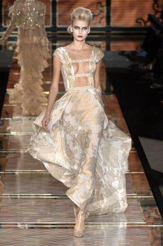 Valentino #redcarpet #fashion #women's #dress #style #cannes #frenchriviera #white