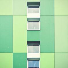 Color Hunting – Photography by Bernat Fortet Unanue