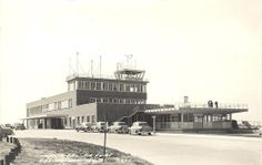 Des Moines Municipal Airport - 1953, looking south. The observation deck on the north side would be replaced as the airport terminal grew in the 50's and 60's.