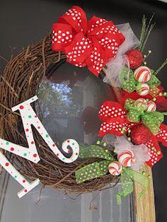 holiday, christma wreath, christmas wreaths, craft, wreath tutori, grits, ribbon, christma decor, funki christma