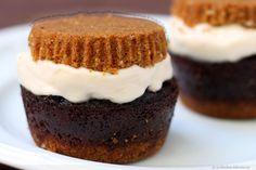 Smores Cupcake Ice Cream Sandwiches: Chocolate Cupcake, Marshmallow Ice Cream & Graham Cracker Crusts
