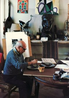 Picasso at work.