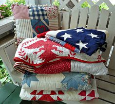 Love the red eagle quilt!