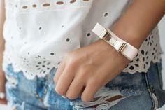 DIY: leather bow bracelet